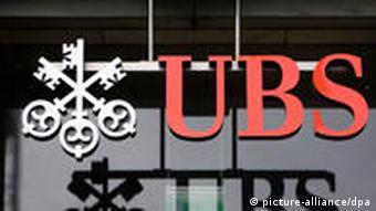 Logo der schweizer Bank UBS Foto: dpa