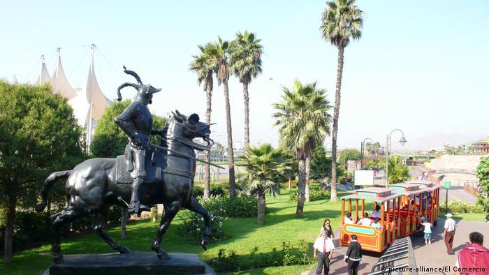 Peru, Lima I Park La Muralla (picture-alliance/El Comercio)