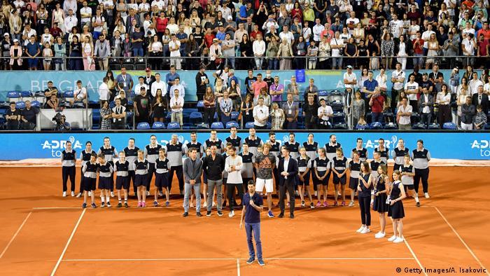 Tribune pline la Belgrad pe timp de pandemie: Novak Djokovic adresându-se fanilor