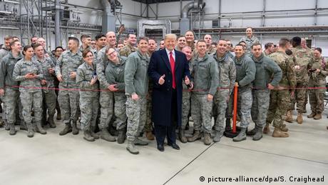 Ο Τραμπ αποσύρει στρατεύματα από τη Γερμανία