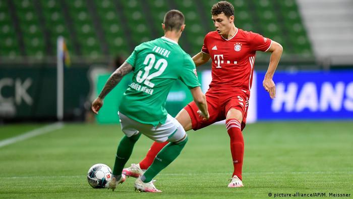 Werder Bremen - FC Bayern München (picture-alliance/AP/M. Meissner)