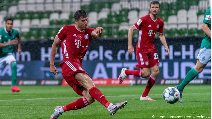 1. Bundesliga | Werder Bremen - FC Bayern München | Tor (0:1) (Imago Images/gumzmedia/nordphoto)