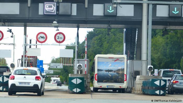Взимание дорожных сборов во Франции