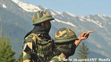 Indischer Grenzsoldat an der Grenze zu China