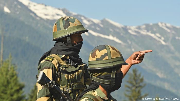 Indischer Grenzsoldat an der Grenze zu China (Getty Images/AFP/T. Mustfa)