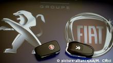 ANTALYA, TURKEY - DECEMBER 18: Peugeot and Fiat's car keys are seen in Antalya, Turkey on December 18, 2019. Mustafa Ciftci / Anadolu Agency | Keine Weitergabe an Wiederverkäufer.