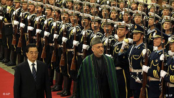 China Afghanistan Hamid Karsai in Peking bei Hu Jintao
