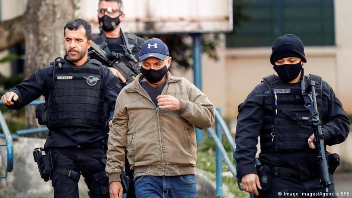 Fabrício Queiroz é preso