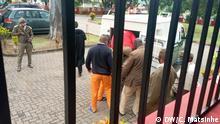 Prozess um den Mord des Wahlbeobachters Anastácio Matavel beim Provinzgericht von Gaza. Nach dem Urteil wurden die Verurteilten ins Gefängnis gebracht. Datum: 18.06.2020. Ort: Xai-Xai, Mosambik. Rechte: Carlos Matsinhe
