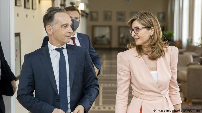 Ministar spoljnih poslova Nemačke Haiko Mas i njegova koleginica iz Bugarske Ekaterina Zaharijeva
