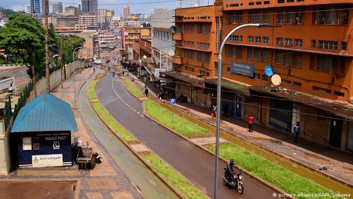Straßen von Kampala, der Hauptstadt von Uganda (picture-alliance/AA/A. Lubowa)