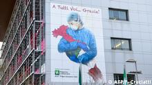 Italien Bergamo | Großtes Wandbild am Krankenhaus von Franco Rivolli