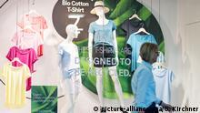 Deutschland Düsseldorf 2017 | C&A Schaufenster, Bio-Linie