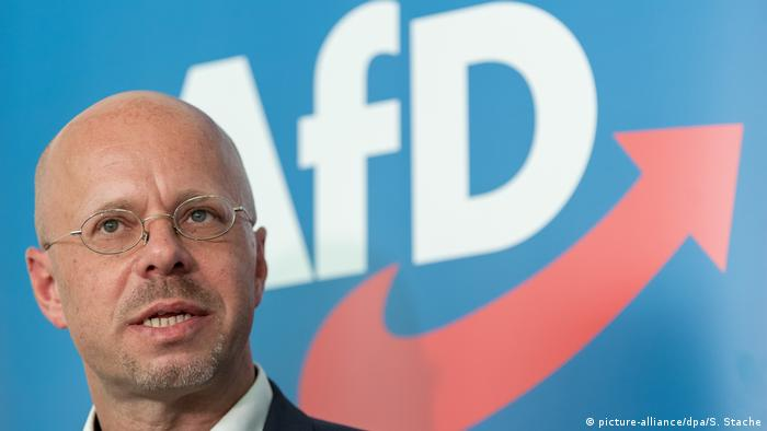 AfD panel confirms exclusion of extremist from party | News | DW |  25.07.2020