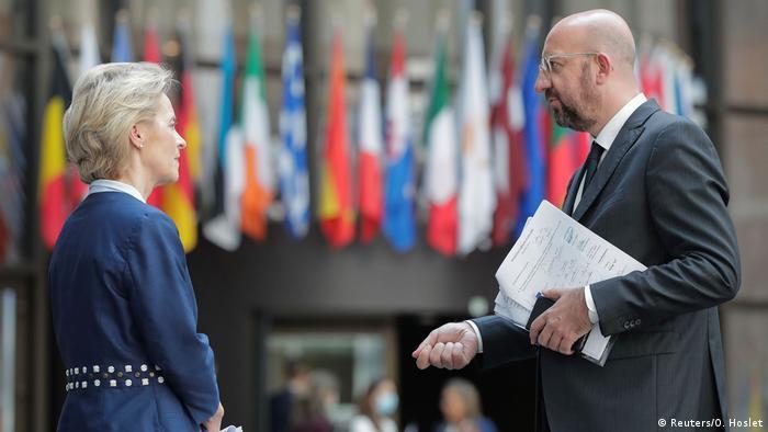 EU-Gipfel |Finanzhilfen Coronakrise |von der Leyen & Michel (Reuters/O. Hoslet)