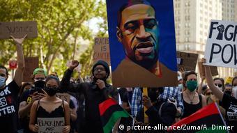 La mort de George Floyd a fait rejaillir les manifestations contre le racisme (picture-alliance/Zuma/A. Dinner)