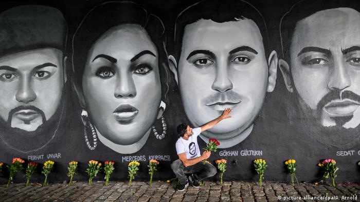 Un mural de Fráncfort conmemora a las víctimas de Hanau.