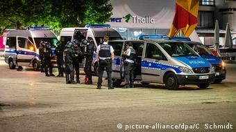 Полиция Штутгарта в ночь на 21 июня 2020