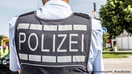 Εξάρθρωση ακροδεξιού δικτύου στη γερμανική αστυνομία