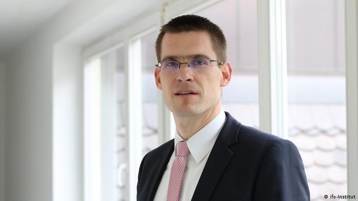 Niklas Potrafke vom ifo-Insitut leitet die Abteilung öffentliche Finanzen und politische Ökonomie