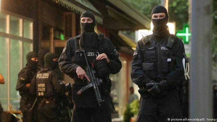 Поліція Німеччини під час спецоперації