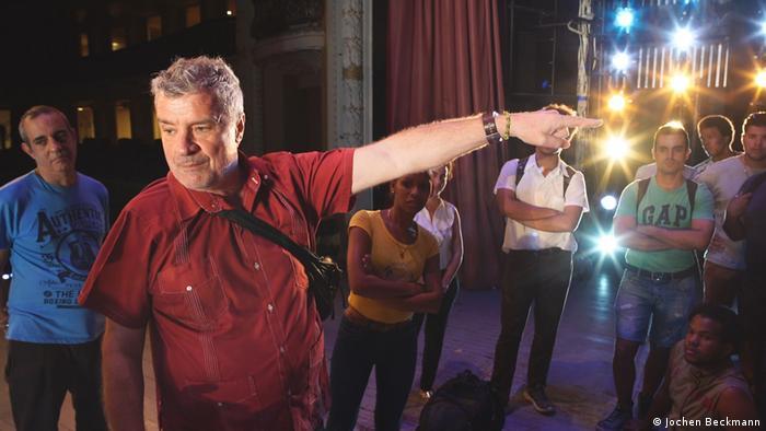 """Andreas Baesler, en el Teatro Lírico Nacional de Cuba, con el que ha presentado obras como La Flauta Mágica o Fidelio: """"Las sanciones no afectan al Gobierno cubano, sino al pueblo."""""""