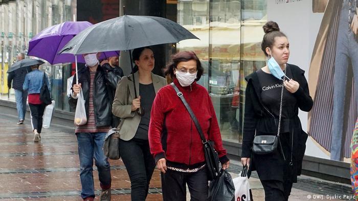 Serbien Nis | Coronavirus | Passanten (DW/J. Djukic Pejic)