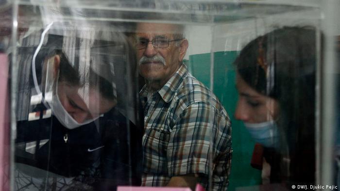 Serbien Nis | Coronavirus | Wahl, Mitarbeiter
