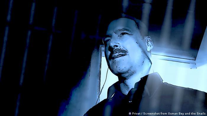 Andy Morton da, besteci Osborne'un tabiriyle masalsı bir canavar figürü olan bir gardiyan rolünde.