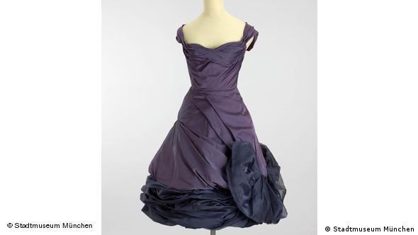 Платье-коктейль, 1955 г.