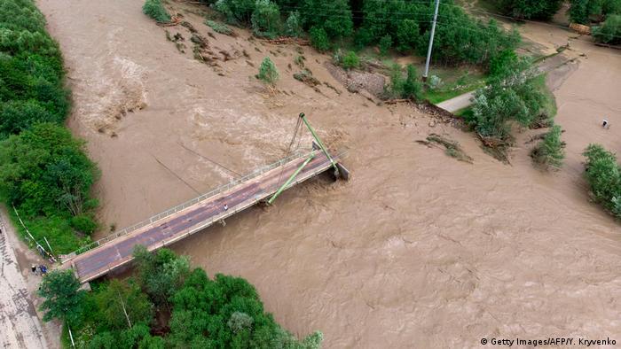 Зруйновані дороги і мости