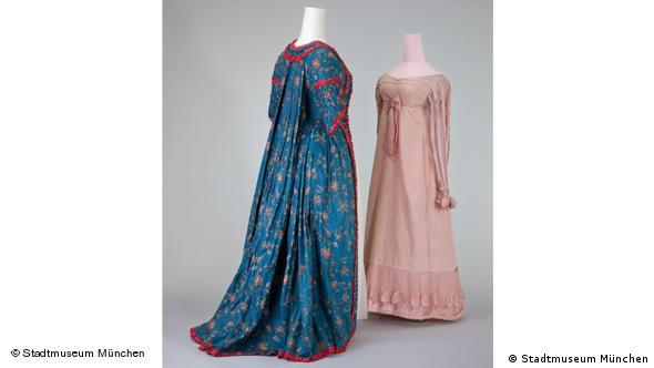 Домашние платья. Слева - 1770 г., справа - 1815 г.