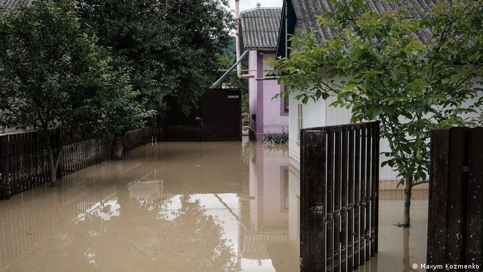 Близько 150 бійців Нацгвардії прибули до Івано-Франківської області, щоб допомогти ліквідовувати наслідки повеней