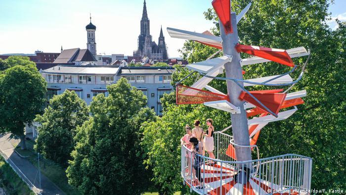 Deutschland Berblinger-Turm an der Donau wird eröffnet (picture-alliance/dpa/F. Kästle)
