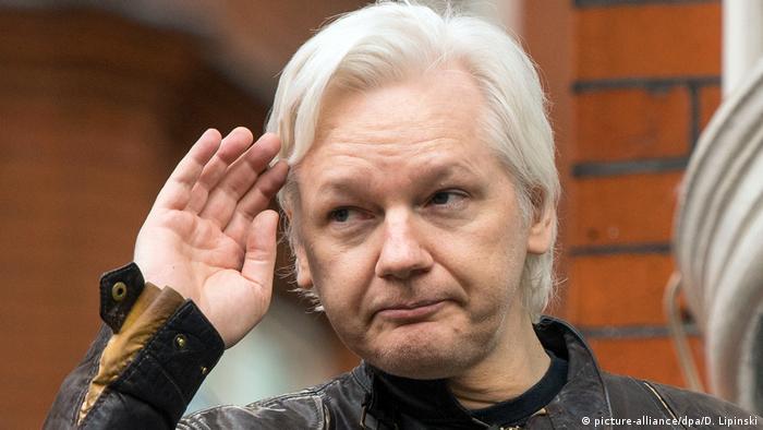 Julian Assange (picture-alliance/dpa/D. Lipinski)