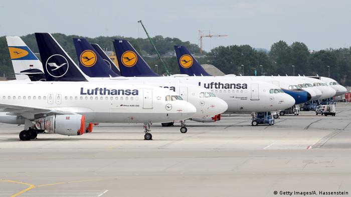 Deutschland München | Lufthansa Flugzeuge | Flughafen München (Getty Images/A. Hassenstein)