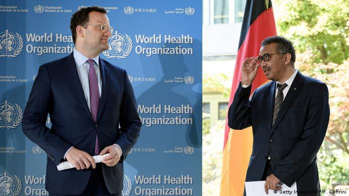 Los ministros de Salud de Francia y Alemania viajaron a Ginebra para brindar su apoyo a la OMS. Berlín aportará 500 millones de euros entre material y fondos. París contribuirá con 90 millones de euros y 100 millones de mascarillas. Alemania y Francia son amigos de la OMS de larga data, dijo el director general de la OMS, Tedros Adhanom Ghebreyesus (25.06.2020).