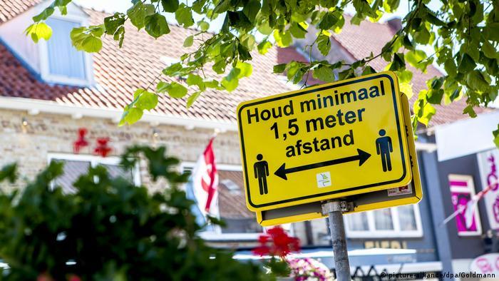 Niederlande Corona Abstandsregeln (picture-alliance/dpa/Goldmann)