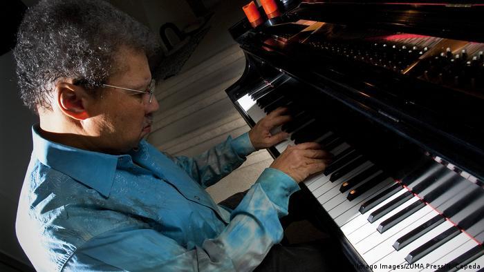 Anthony Davis at the piano