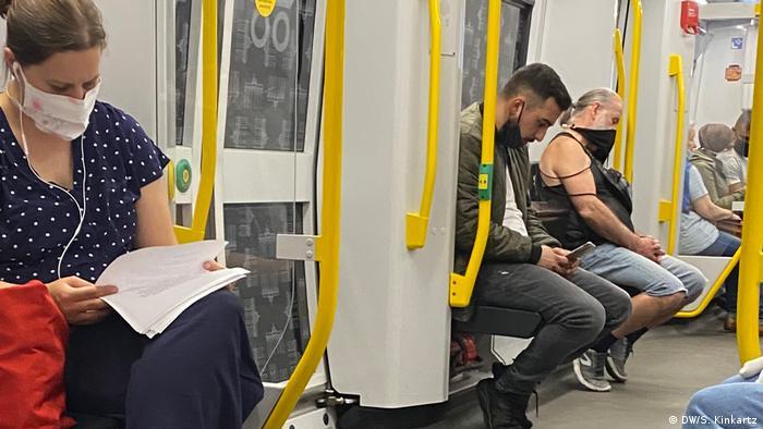 Тим часом темпи поширення коронавірусу у Німеччині продовжують зменшуватися