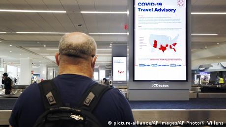 کورونا وائرس سے بچنے کے لیے قرنطینہ اور سفری پابندیاں