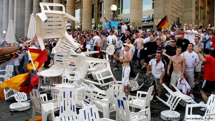 WM 2006 Stuttgart Schlossplatz Randale
