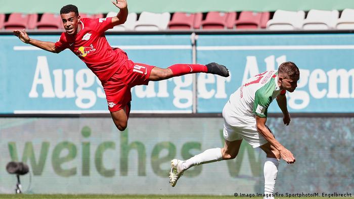 Fussball Bundesliga FC Augsburg vs. RB Leipzig | Tor Timo Werner