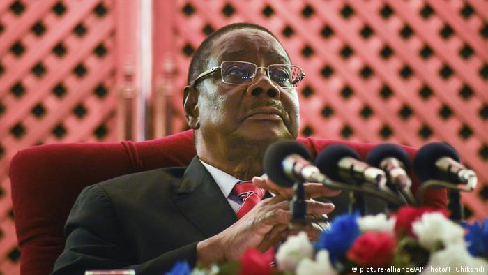 Malawi Präsident Peter Mutharika PK Wahlen (picture-alliance/AP Photo/T. Chikondi)