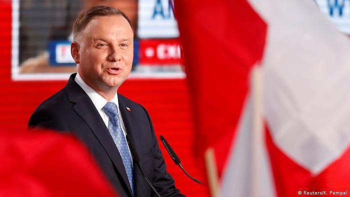 Президент Польщі Анджей Дуда набрав найбільше голосів у першому турі виборів