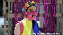 BdTD - Großbritannien London Maskenmode auf dem Camden Market