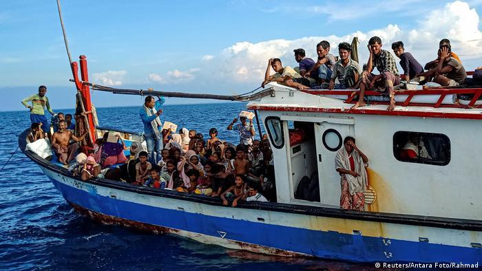Pengungsi Rohingya terdampar di Aceh (Reuters/Antara Foto/Rahmad)