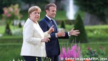 Deutschland Treffen Merkel und Macron im Schloss Meseberg