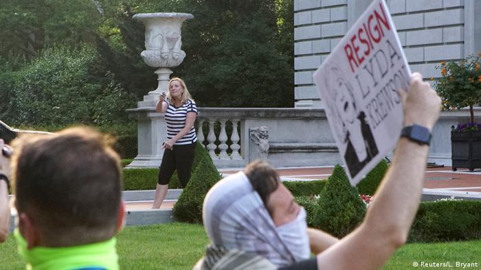 (Reuters/L. Bryant)