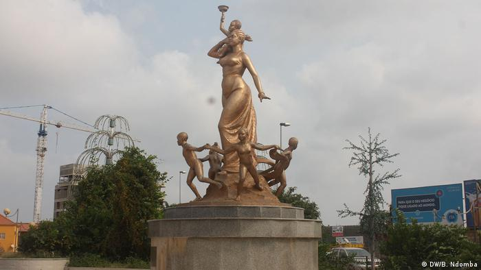 Angola Cabinda & Luanda |Platz in Cabinda
